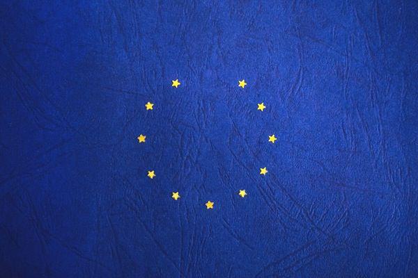 La falta de claridad en la futura política penaliza al dólar y a la libra