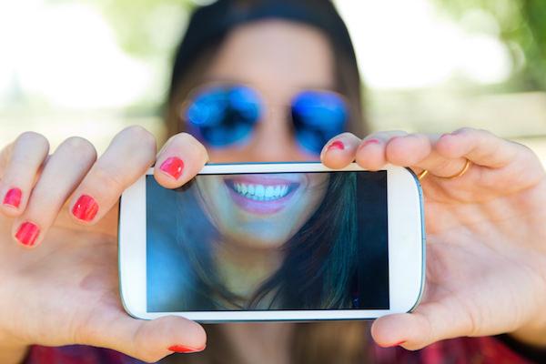 Pagar con una sonrisa o las últimas tendencias de pago sin tarjetas