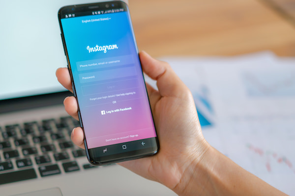 ¿Es seguro comprar seguidores en Instagram?