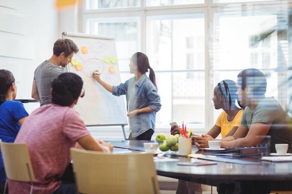 Ideas de negocios para jóvenes emprendedores. Negocios sin