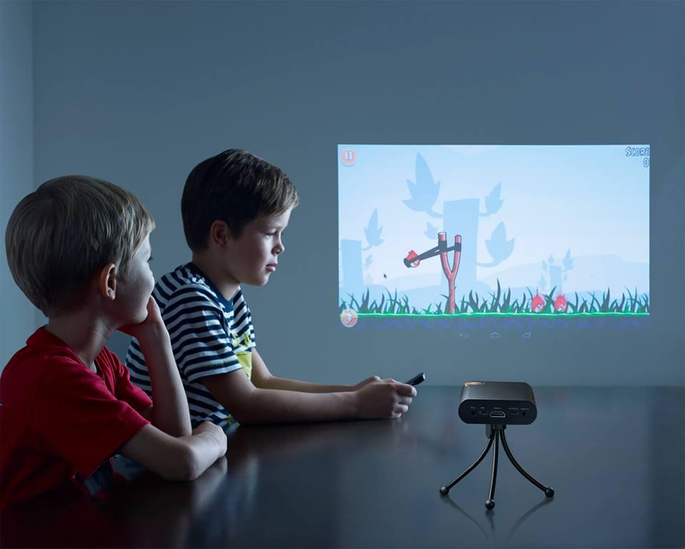 Touch Pico, proyecta una pantalla en cualquier superficie.
