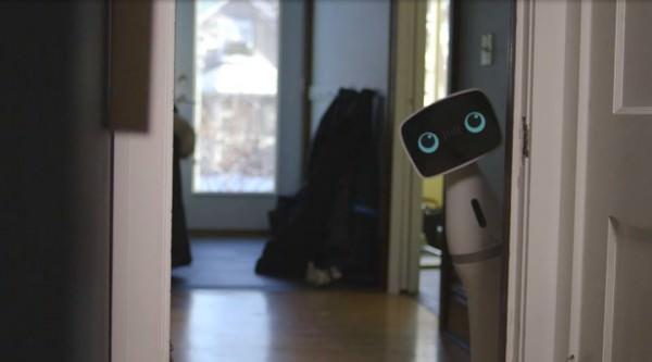 Aido, un Robot que te Ayudará en Casa éxito en Indiegogo