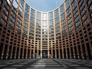european-parliament-1265254_640
