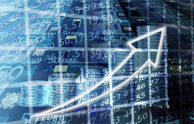 Krowdstarter, Análisis de Tendencias de Consumo e Inversión