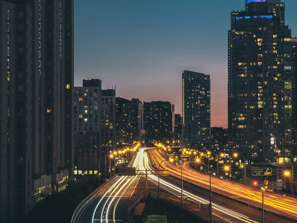 Las empresas de transporte y logística se adaptan al medio online