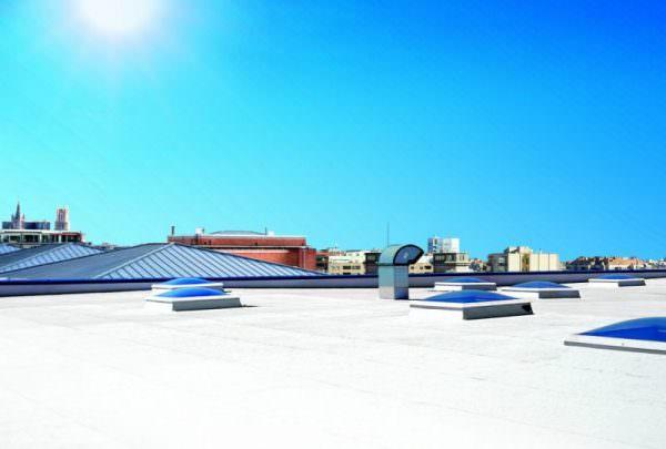 El revestimiento Cool-R incrementa la vida de las cubiertas y reduce los costes