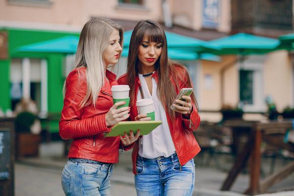 Envía Dinero a través de Siri con Azimo
