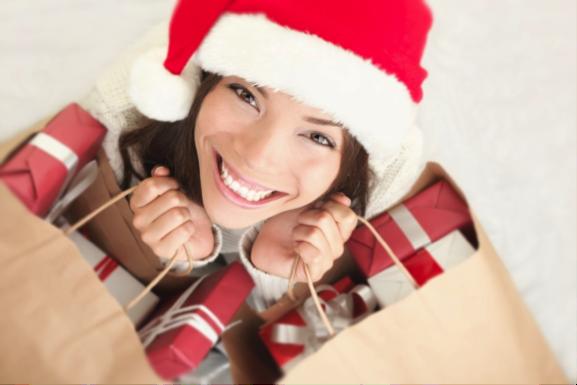 Cómo reducir tus gastos navideños para aliviar la cuesta de enero
