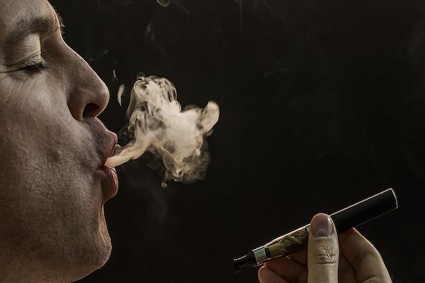 Auge mundial del cigarrillo electrónico
