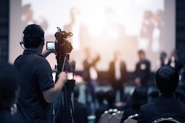 Proyectores de vídeo para grandes eventos: el éxito del 4K