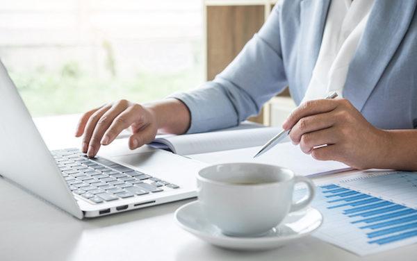 Libros de contabilidad imprescindibles en tu material de oficina