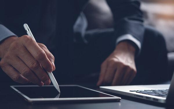 La mejor herramienta de firma de documentos para emprendedores